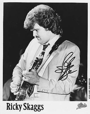 RICKY SCAGGS ORIGINAL AUTOGRAPH SIGNED 8x10 EPIC RECORDS PHOTO