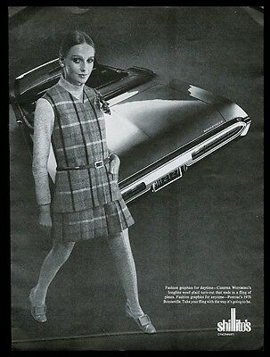 1970 Pontiac Bonneville convertible photo Chester Weinberg dress combo print ad
