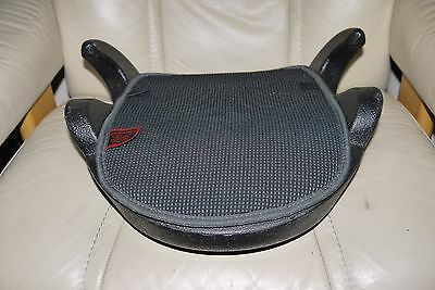 2010 Infa Secure sunshine Child Safety Booster Cushion Car Seat 4-8yr 360mm wide
