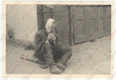 1940ca WW2 VARSAVIA GHETTO EBRAICO  Uomo in difficoltà*REAL PHOTO cm 9 X 6