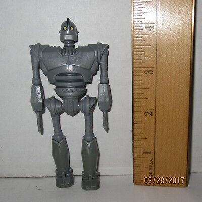 "The Iron Giant Figure 4.25"" 4"" 1/4"" Warner Bros. Movie Robot Promotional"