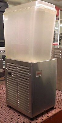Grindmaster Crathco Cold Beverage Dispenser D15-3 Premix Single Bowl Drink 5 Gal