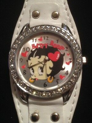 Betty Boop Watch/ White Leather Band/Hearts/Excellent Condition/W- New Battery/