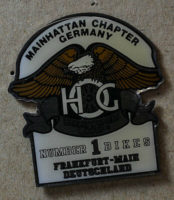 Pin Harleyowners Group Mainhattan Chapter Germany Silber (An956)