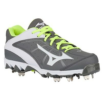 Mizuno 9-Spike Swift 4 Women's Metal Softball Cleats NIB Grey/White Size 8