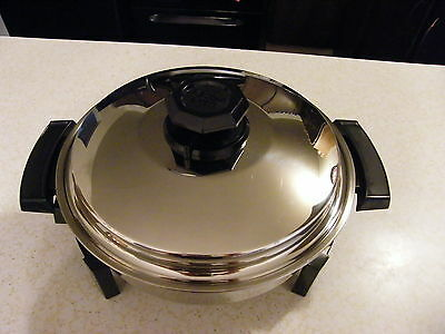 "KITCHEN CRAFT Stainless Steel 11"" Liquid Core Electric Skillet,  Vent Knob Lid"