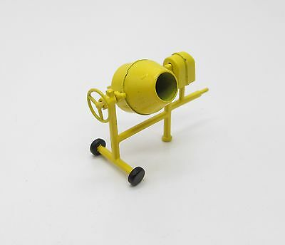 CONCRETE MIXER / Quality 1:50 Scale by NZG