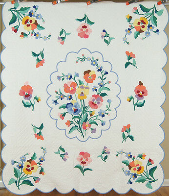 OUTSTANDING Vintage 30's Pansy Applique Antique Quilt ~GREAT COLORS and DESIGN!