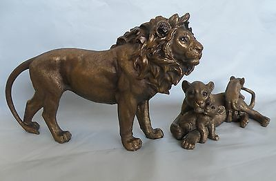 Large Lion Standing with Lioness & Cubs Figurine/Statue * New * African Safari