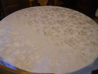 Creamy White Floral Polyester Damask Oval Tablecloth 70X82