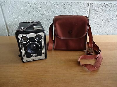 Vintage KODAK Six-20 Brownie Model C Box Camera