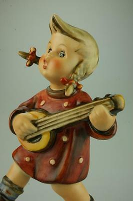 M.I. Hummel Goebel #86 Happiness Figurine TMK3