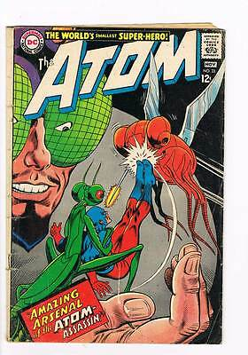 Atom # 33 Amazing Arsenal of the Atom-Assassin ! grade 3.5 scarce book !!