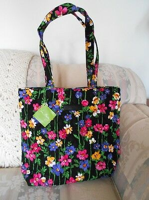 NWT Vera Bradley Tote ~ Wildflower Garden 15821-887 ~ Perfect for Travel