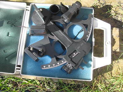 Davis Instruments Master Sextant with LED Used.
