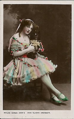Pomeranian Spitz & Actress Gladys Archbutt Real Photographic Dog Postcard