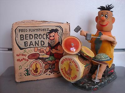 Vintage Metal Battery Operated Toy Fred Flintstones Bedrock Band ZILO