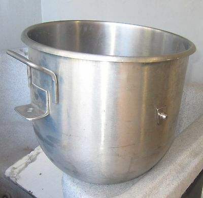30 QT Mixing Bowl | Heavy Stainless Steel Commercial Bakery Dough Quart