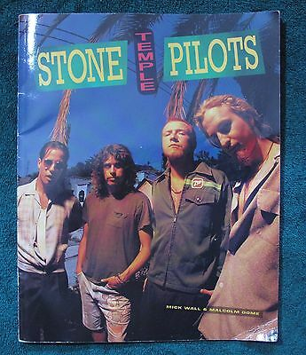 """1995 Stone Temple Pilots Weiland Fan Book Softcover Color & B&W 60pgs 11.5""""x9"""""""