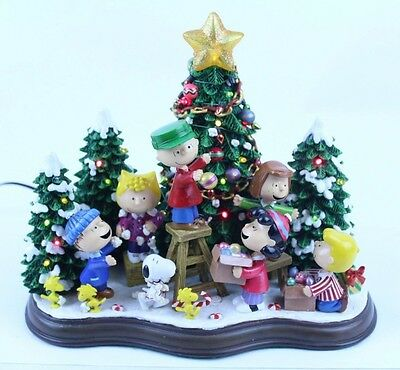 Nice Danbury Mint Peanuts Christmas Time Is Here Lighted Sculpture Scene