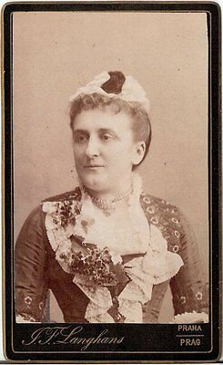 CDV photo Damenportrait mit Haube - Prag 1880er