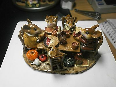 "Wee Forest Folk ""thanksgiving Family Gathering"" W. Petersen, 2003, M-302"