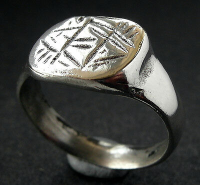 SUPERB SILVER MEDIEVAL RING -  wearable