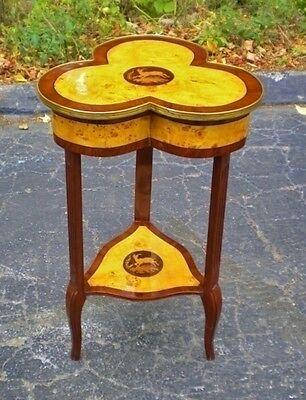 Superbly inlaid Louis XV style SIDE TABLE