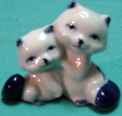 Vintage MINIATURE DELFT BLUE Raccoon Couple FIGURINE Handcrafted