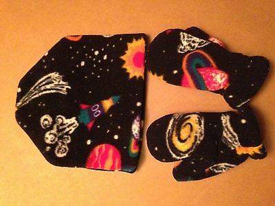 L.l.bean Boy's Polar Fleece Cap /mittens--Outer Space Pattern