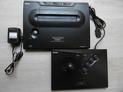 NEO GEO - WORKING - NeoGeo Jap LOW SERIAL - SNK - Body + Adaptator + PAD