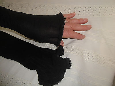 Lovely Vintage Black Fingerless Evening  Gloves