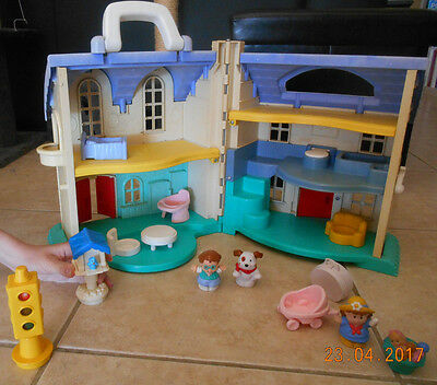 Grande MAISON Refermable LITTLE PEOPLE Fisher Price Personnages Jouet Eveil TBE