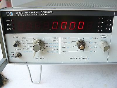 HP 5328B Universal Frequency Counter with Volt meter