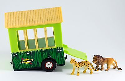 Sunoco Toy Safari Shuttle Trailer With Lion and Tiger 2001
