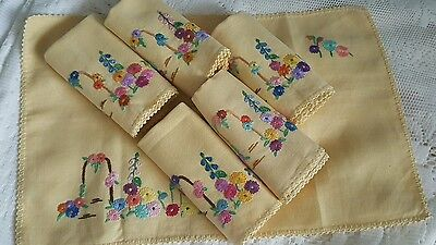 6X Vintage Linen Hand Embroidered Table Mats/tray Cloths/napkins.tea Party