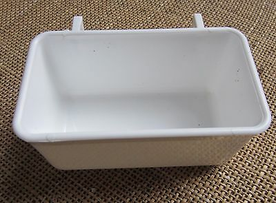 2 hook drinkers rectangular  ,4 of   with plastic hooks