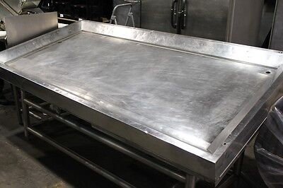 "86"" x 43"" Stainless Steel Slant Ice-Down Seafood Produce Table Insulated"