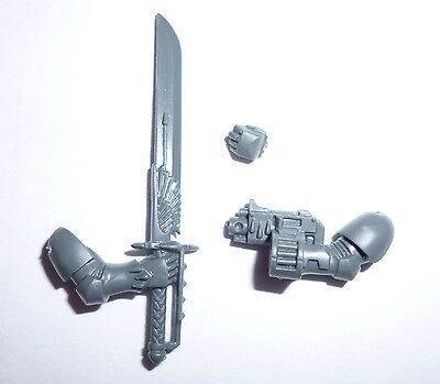 Blood Angels Sanguinary Guard Sword & Boltgun A – G530