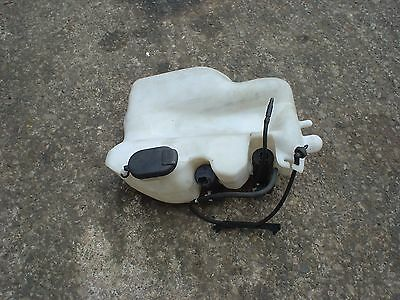Renault Clio sport 172 82  windscreen washer bottle and pump.