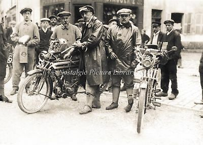 VINTAGE MOTOR CYCLE SCENE . RIDERS WITH ON PRE WAR MOTOR CYCLES c 1920's