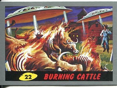 Mars Attacks Heritage Silver Parallel Base Card #22    Burning Cattle