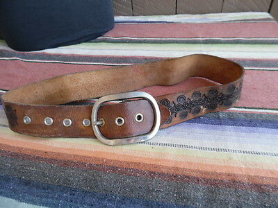 """Men's Vintage Hippy Circular and Diamond Shapes Tooled Stamped Leather Belt  32"""""""