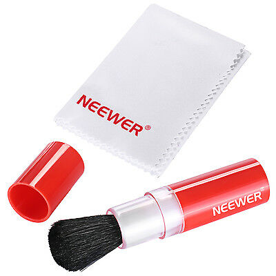 Neewer Professional Cleaning Kit: Lens Brush