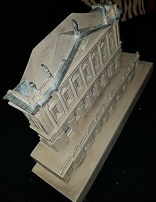SPENCER HOUSE LIMITED EDITION 19 of 300-ARCHITECTURAL MODEL BY TIMOTHY RICHARDS