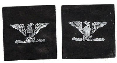 Cloth Military Badge:  Colonel or Captain Rank - leather pair