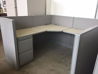 CUBICLE/PARTITION SYSTEM by HAWORTH OFFICE FURNITURE 6ft x 6ft