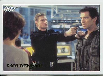 James Bond Archives 2015 Goldeneye Gold Parallel Chase Card #92