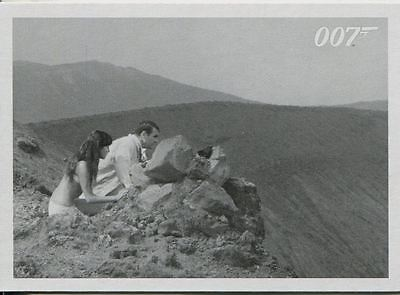 James Bond Archives 2015 You Only Live Twice Throwback Chase Card #65