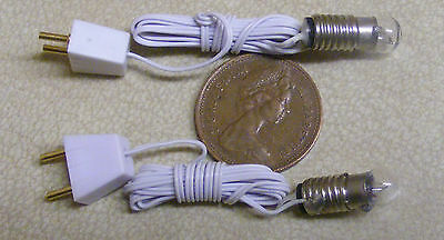 1:12 Scale 2 Working Round Bulbs With Holders Dolls House Miniature 12v Lights